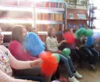 Литературно-музыкальный игровой час «От улыбки станет всем теплей», посвященный Международному Дню друзей